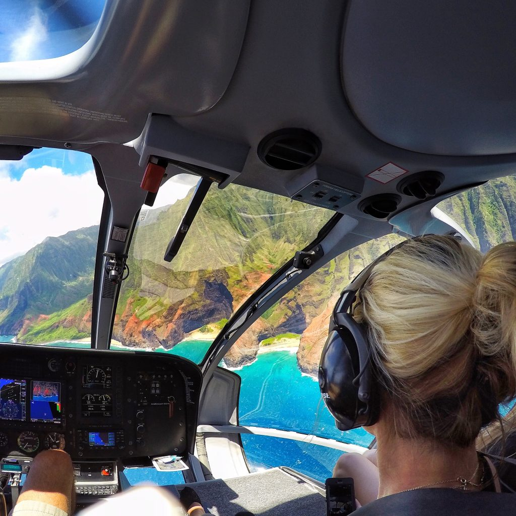 Best Things to do in Kauai helicopter tour mylifesamovie.com