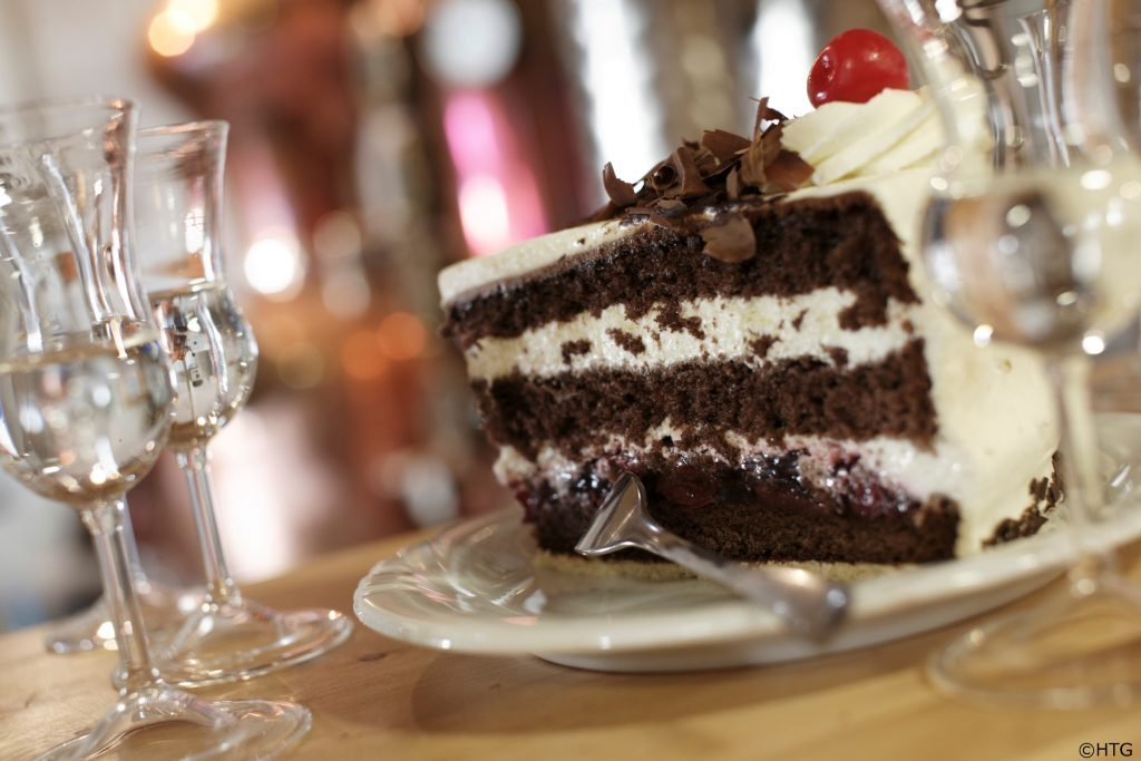germany_black-forest-cake_-htg