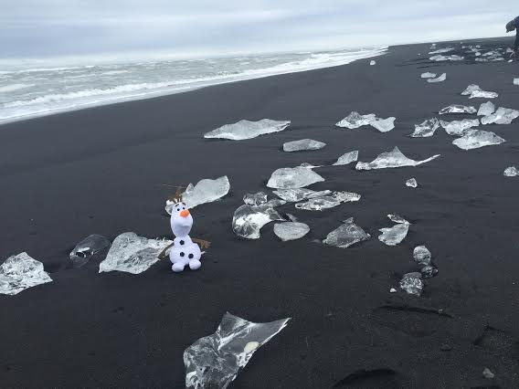 Iceland Roadtrip: The Southeast Coast Jokulsarlon black sand beach