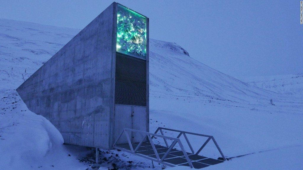 Kinda creep right? Photo from: http://edition.cnn.com/2015/10/23/europe/after-apocalypse-doomsday-seed-bank-svalbard/
