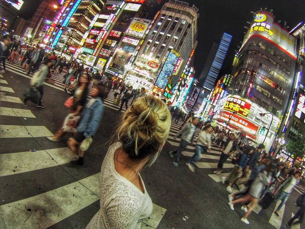 Shinjuku crossing mylifesamovie.com