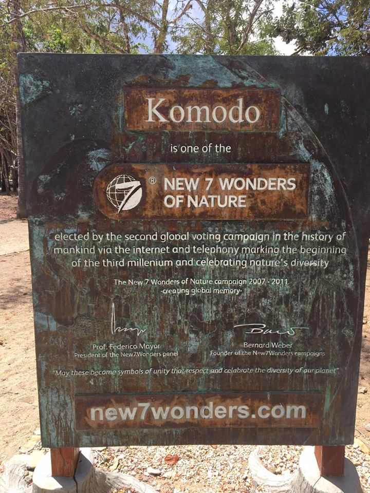 komodo-island-national-park-sign-mylifesamovie-com