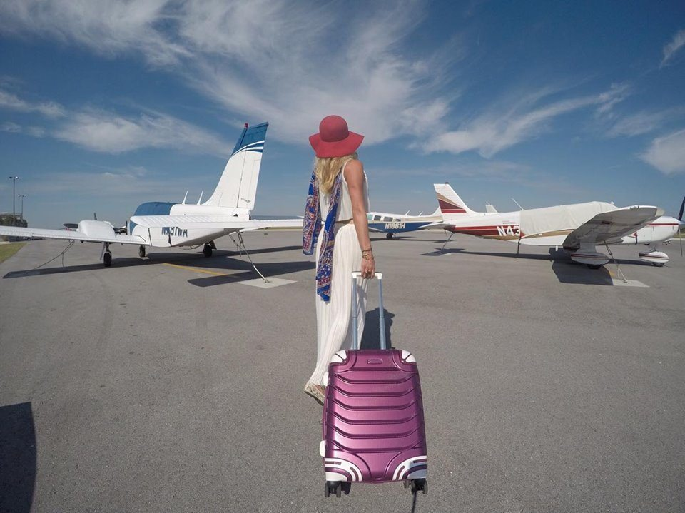 travel gear holiday gift guide mylifesamovie.com
