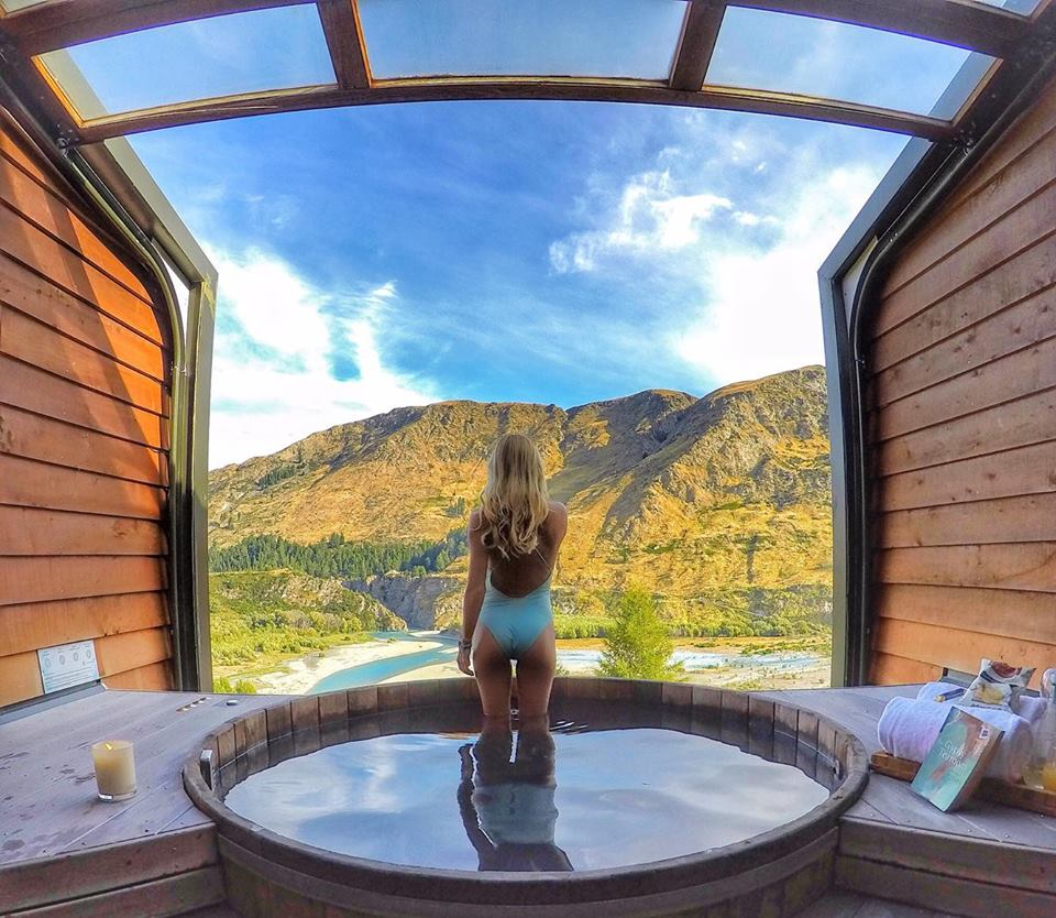 Queenstown Onsen Hot Pools - 10 Best New Zealand Roadtrip Stops - mylifesamovie.com