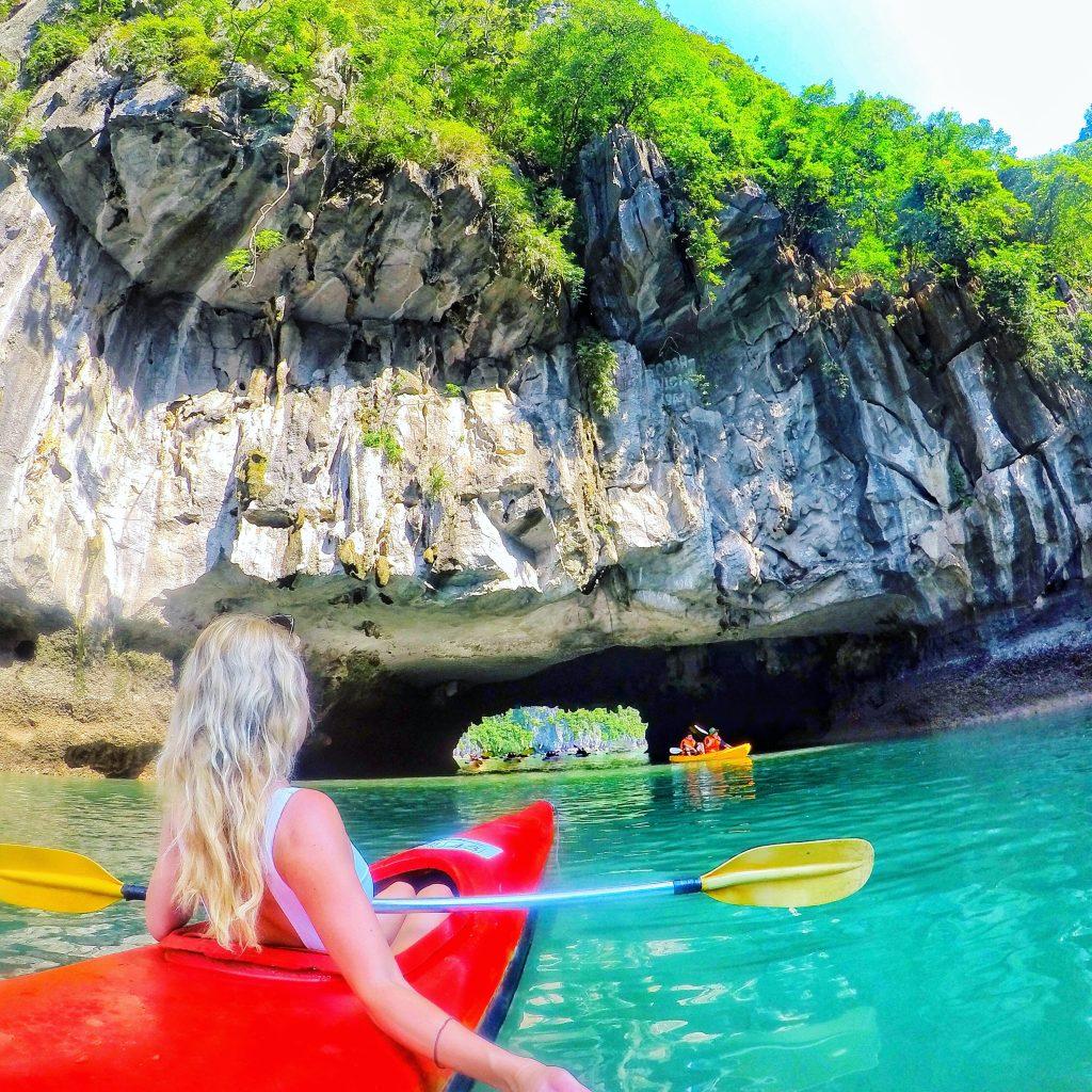 Halong Bay kayaking mylifesamovie.com