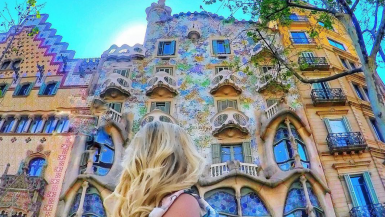 Top European destination Spain is popular with travelers