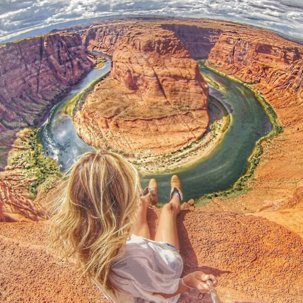 Horseshoe Bend is one of the amazing stops on an Arizona to Utah road trip.