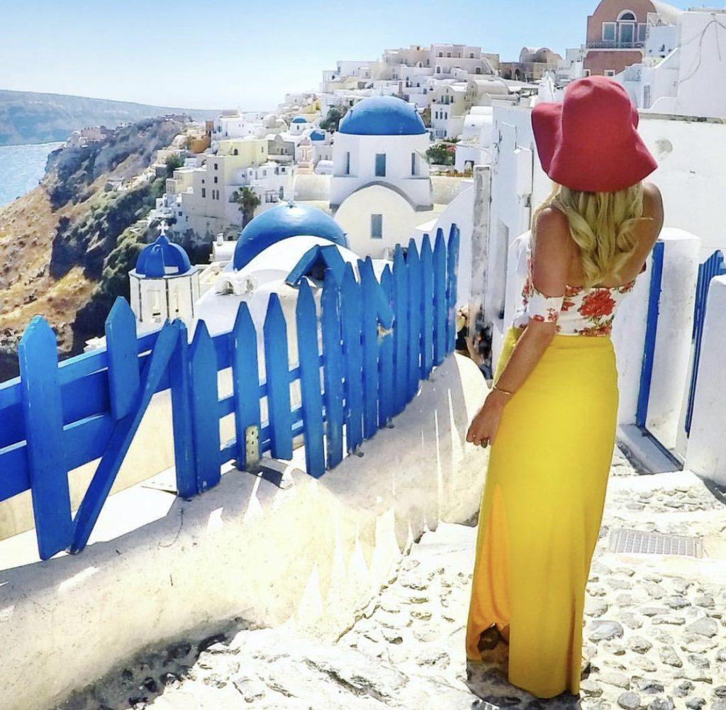 melhores ilhas do mundo para lua de mel santorini grécia